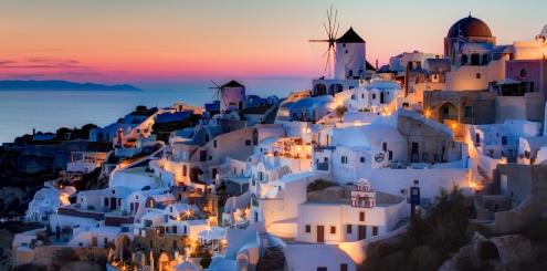 Conheça ilhas na Grécia a bordo de um veleiro!